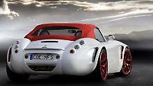 507 PS unter der Haube: Das V10-Aggregat beschleunigt den Wiesmann Roadster MF5 auf ein Höchsttempo von 310 km/h.
