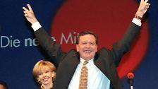 Lächeln, winken, menscheln: Die politische Ochsentour