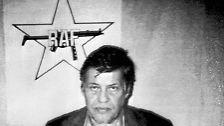 """Mit der Geiselnahme von Arbeitgeber-Präsident Hanns Martin Schleyer am 5. September 1977 in Köln beginnt eine Entwicklung, die als """"Deutscher Herbst"""" in die Geschichte eingeht: Mehr als sechs Wochen lang hält die Terrorwelle der """"Rote Armee Fraktion"""" die BRD in Atem."""