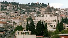 Da machte sich auf auch Josef aus Galiläa, aus der Stadt Nazareth, ...