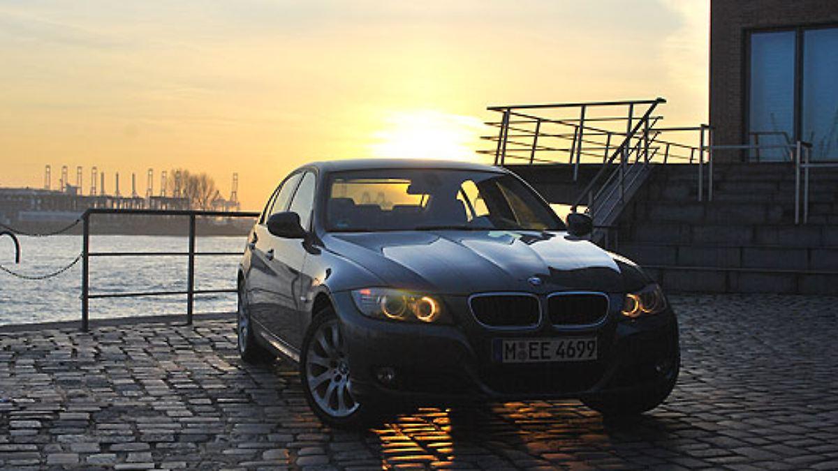 Modelle der 3er-Reihe betroffen:Brandgefahr: BMW ruft 430.000 Autos zurück - n-tv NACHRICHTEN