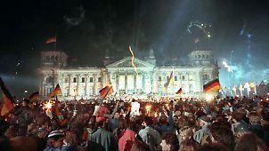3. Oktober 1990: Beitritt der DDR zur Bundesrepublik. Deutschland wird östlicher und protestantischer, sagt Lothar de Maizire, der letzte Regierungschef der DDR.