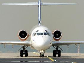 Trotz geballter Proteste der Luftfahrtbranche wird das Fliegen von deutschen Flughäfen teurer.
