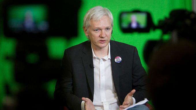 """Julian Assange spricht von einem """"massiven Propagandaangriff gegen Wikileaks""""."""