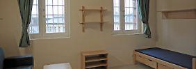 Eine Zelle für Sicherungsverwahrte in der Justizvollzugsanstalt Fuhlsbüttel in Hamburg.
