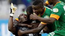 Historisches Tor beim Afrika-Cup: Torhüter-Elfer rettet Sambia