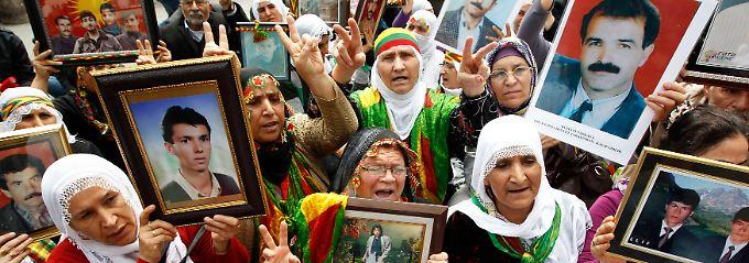 Viele Kurden sind den ewigen Kampf mit tausenden von Opfern längst leid.