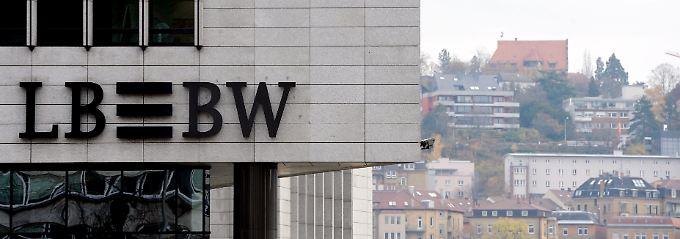 Tief verwurzelt in der baden-Württembergischen Landeshauptstadt: In Stuttgart gehört das LBBW-Logo zum Straßenbild.