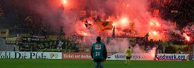 Massive Krawalle überschatten Auswärtsspiel: Dresden-Fans randalieren in Lautern