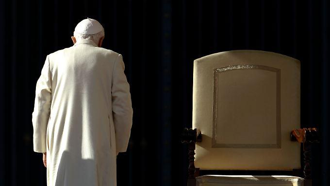 Papst Benedikt XVI. fehlt die Kraft zum Weitermachen.
