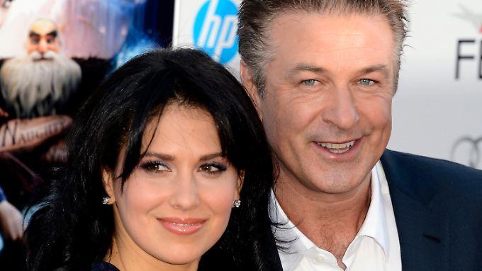 Alec Baldwin und seine Ehefrau Hilaria  erwarten dieses Sommers ein Baby.