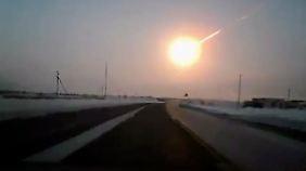 Meteorit verletzt 1200 Menschen in Russland: Augenzeugen berichten