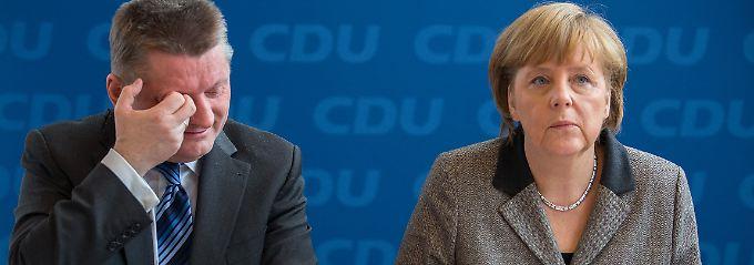 Generalsekretär Gröhe und Parteichefin Merkel haben sich noch nicht öffentlich zu der aktuellen Debatte geäußert.