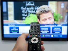 Wer einfach nur fernsehen will, sollte den Warentestern zufolge nicht mehr als 90 Euro für den Satellitenreceiver ausgeben.
