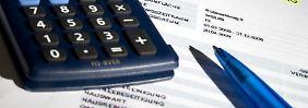 Betriebskostenabrechnung: Posten über Posten - manche können steuerlich geltend gemacht werden.
