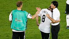 ... als auch im EM-Endspiel 2008 gegen Spanien (0:1) gehen die Deutschen als Verlierer vom Platz.
