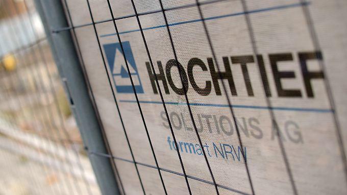 Der neue Großaktionär von Hochtief, der spanische ACS-Konzern, baut kräftig um.