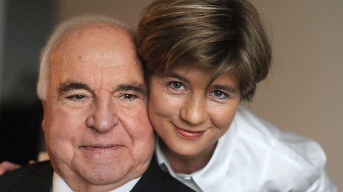 Maike Kohl-Richter isoliert ihren Ehemann, werfen ihr die Söhne des Altkanzlers vor.