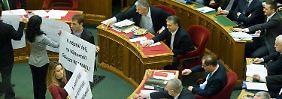 Entwicklung zur Autokratie: Ungarn fordert die EU