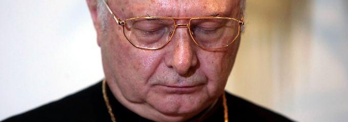 Bischof Zollitsch steht selbst noch im Zentrum von Ermittlungen.