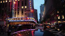 Es ist eine Kampfansage an Apple: Samsung stellt sein neues Smartphone-Flaggschiff, das Galaxy S4, in der Radio City Music Hall auf dem New Yorker Times Square vor – dem Revier des US-Konzerns.