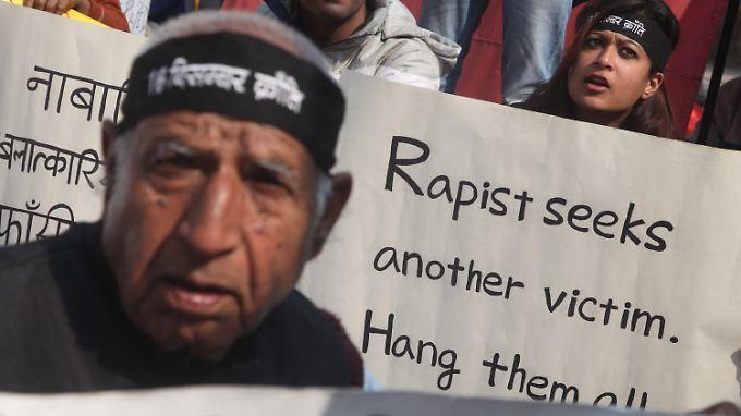 Vor wenigen Wochen hatte eine Gruppenvergewaltigung in Neu Delhi weitreichende Proteste ausgelöst.