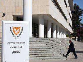 Im Auge des Orkans: Das Finanzministerium in Nikosia.