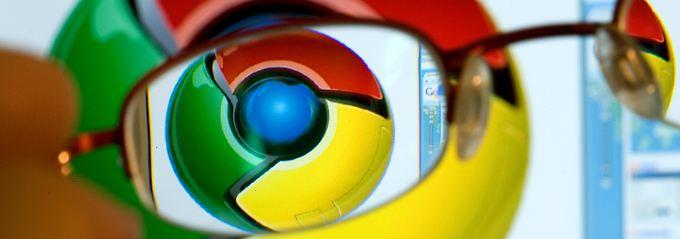 Erst war es nur ein Browser: Das Chrome-Logo leuchtet in den quietschbunten Google-Farben.