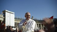... Papst Franziskus, seit diesem Dienstag offiziell im Amt.