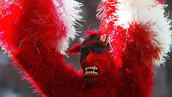 """Die """"Roten Teufel"""" sind heiß auf den Wiederaufstieg in die 1. Fußball-Bundesliga. Dort wollen aber unter anderem auch der 1. FC Köln und der 1. FC Union Berlin hin."""