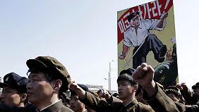 Raketen abschussbereit: Nordkorea droht mit Angriff auf USA