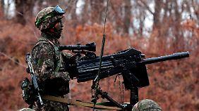 Die südkoreanischen Soldaten sind in höchster Alarmbereitschaft.
