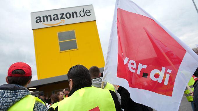 Amazon will Lieferengpässe bei einem Streik der Mitarbeiter in Bad Hersfeld und Leipzig um jeden Preis verhindern.