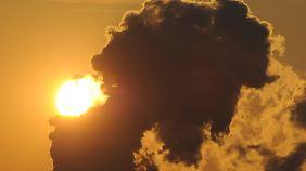 Neue Verfahren sollen die CO2-Bilanz der Kunststoffproduktion spürbar senken.