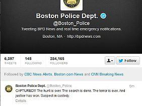 """Ende einer """"Jagd"""": Die Polizei von Boston triumphiert bei Twitter."""