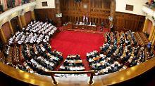 EU-Perspektive eröffnet: Serbisches Parlament für Kosovo-Abkommen