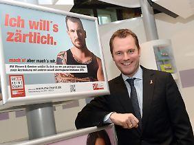 """Im vergangenem Jahr startete die Bundeszentrale für gesundheitliche Aufklärung ihre neue Kampagne """"Mach's mit"""", die der Gesundheitsminister Daniel Bahr präsentierte."""