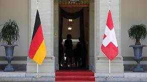 Neuverhandlungen angekündigt: Hickhack um Steuerabkommen geht weiter