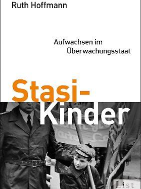 Das Buch ist im Propyläen Verlag erschienen und kostet gebunden 19,99, als Taschenbuch 9,99 und als Kindle-Edition 16,99 Euro.
