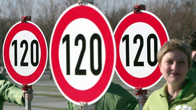 Freie Fahrt: Tempolimit steht nicht zur Debatte