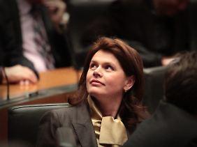 Ministerpräsidentin Alenka Bratusek will nicht unter die Fuchtel der internationalen Geldgeber geraten.