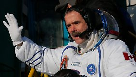 Hadfield in December 2012 at the start of the ISS at the Baikonur Cosmodrome.