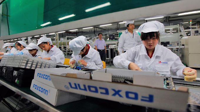 Drei Mitarbeiter von Foxconn haben sich in einer chinesischen Fabrik in den Tod gestürzt.