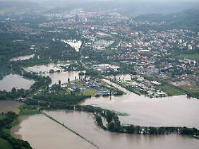 Vom Hochwasser der Saale überflutete Felder und Auen bei Jena.