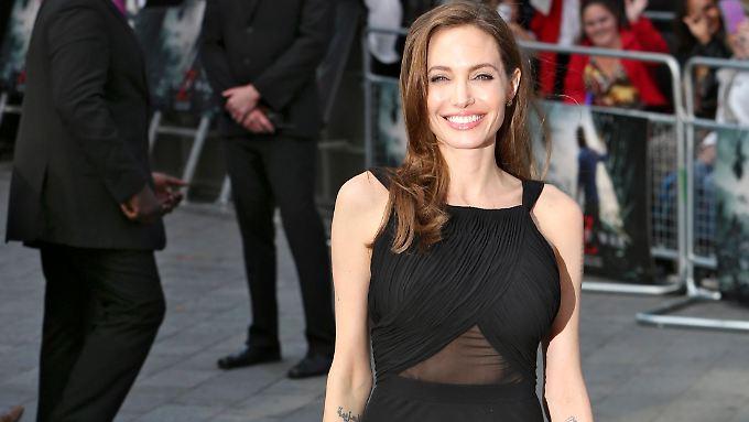 """""""Bewegt"""" Von Reaktionen Auf Brust-OP: Jolie Strahlt Wieder"""