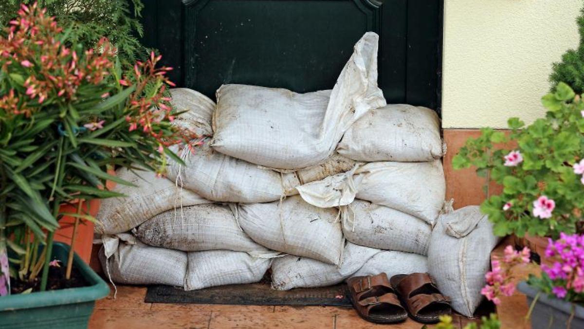 pr vention gegen hochwasser was man gegen die fluten tun kann n. Black Bedroom Furniture Sets. Home Design Ideas