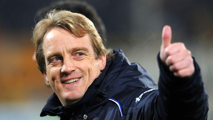 Mike Büskens kehrt zu seinen fußballerischen Wurzeln zurück: Er soll die Fortuna zurück in die 1. Liga führen.