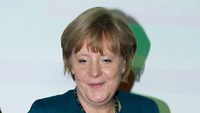 Kanzlerin besucht Passau: Hilft das Hochwasser Merkel im Wahlkampf?