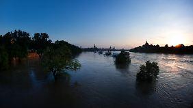"""Aufatmen in den Hochwasser-Regionen: Hoch """"Sabine"""" vertreibt Regenwolken"""