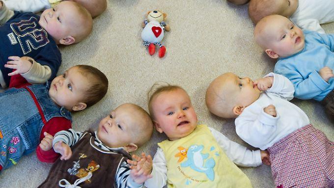 Schon Babys können Mitgefühl für Notleidende ausdrücken. Zehn Monate alte Kinder zeigten ihre Sympathie für jemanden, der in Gefahr ist, ohne Worte.